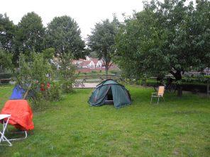 Zeltplatz auf der Spülinsel in Haselberg.