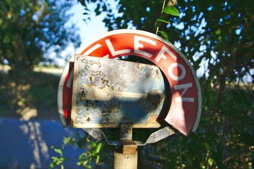 Telefon ->